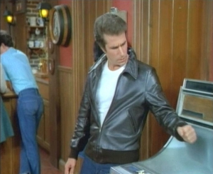 The Fonz fixes a jukebox